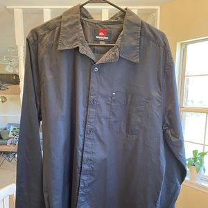 Black Quicksilver button down shirt